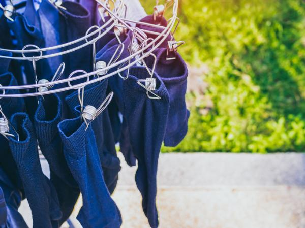 How to wash black clothes without fading