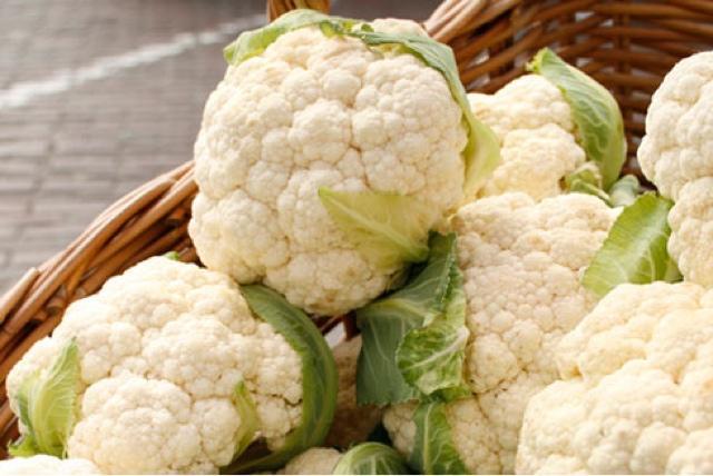 Cauliflower with white sauce recipe
